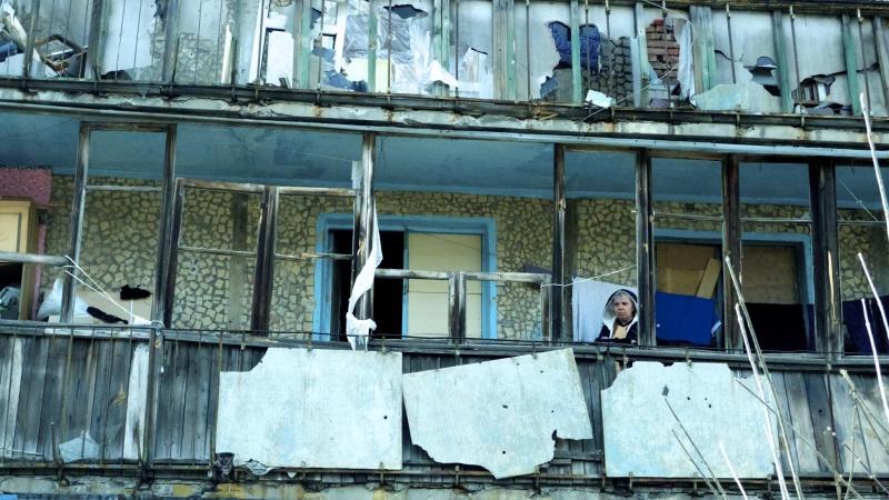 Bombed-out-Oktyabrski-neighborhood